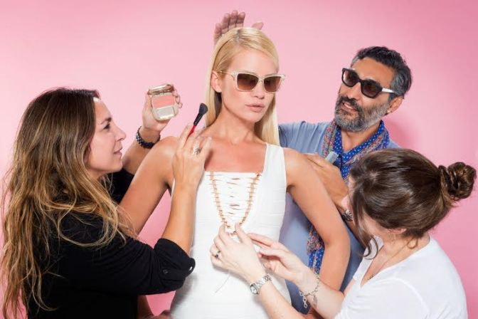 Te mostramos el back de la campaña de lentes de Valeria Mazza