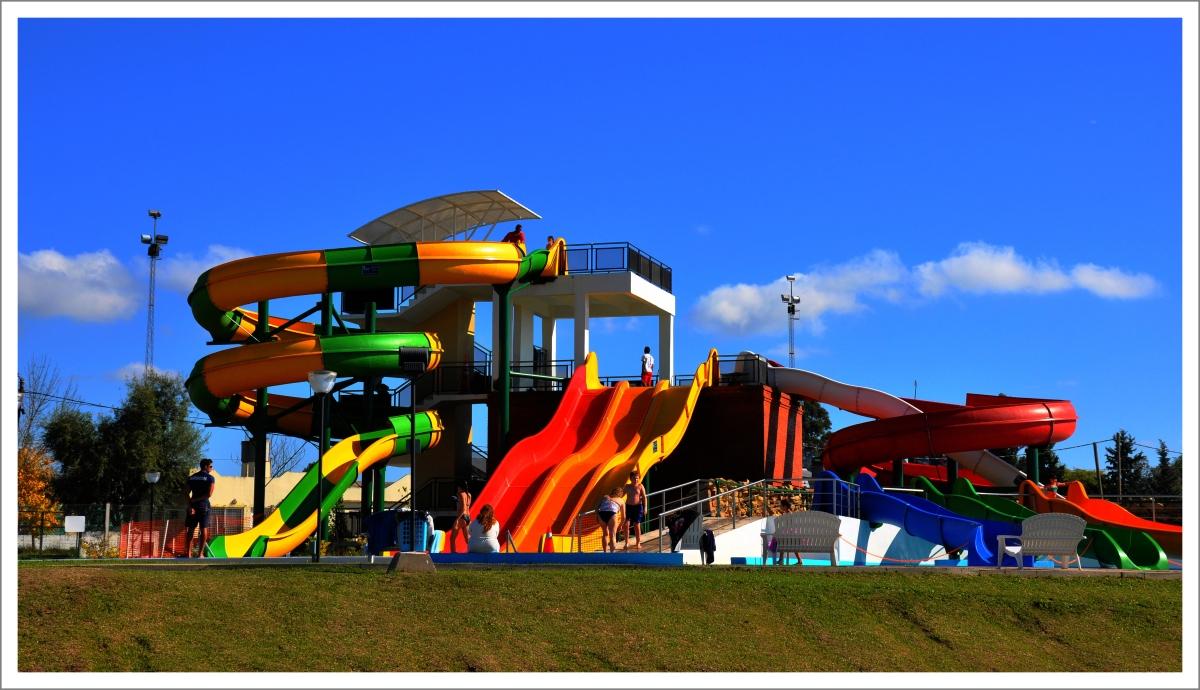 El parque acuático de Colón brinda diversión para disfrutar en familia