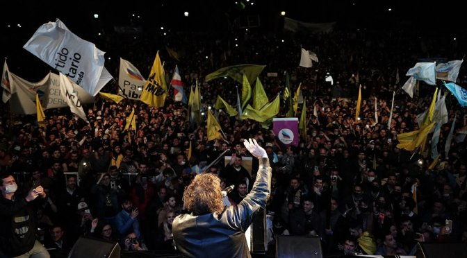 """Javier Milei cerró su campaña con críticas al kirchnerismo y a Juntos por el Cambio: """"¿Por qué están tan asustados?"""""""
