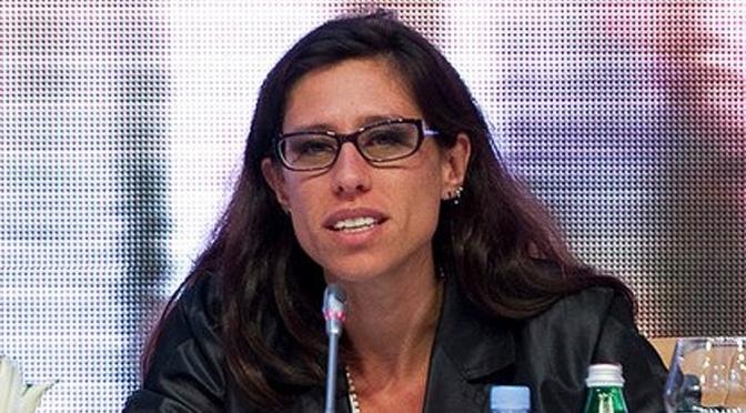 Paula Español: Logramos contener los precios de la carne en el mercado interno