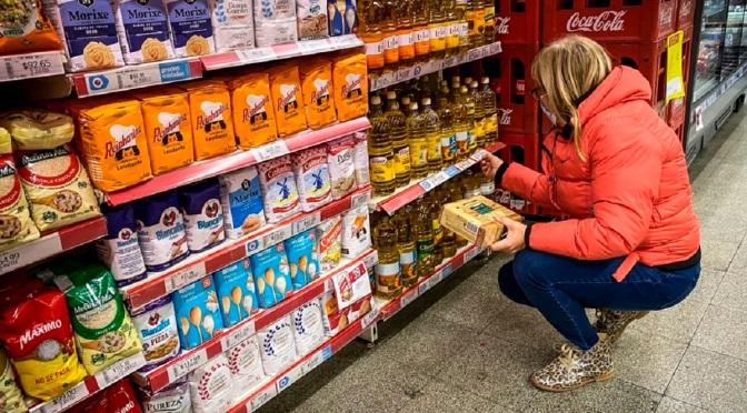 Con una resolución, el gobierno congela los precios de 1430 artículos de consumo masivo hasta fin de año