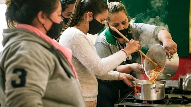 Fundación PUPI brinda talleres de alimentación saludable